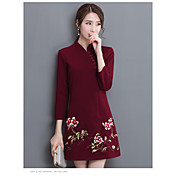 中年女性のウェディングドレスの母服'秋の長袖刺繍の女性のドレス