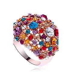 Tyylikkäät sormukset Metalliseos Cubic Zirkonia jäljitelmä Diamond Muoti Statement Korut Ruudun väri Korut Party 1kpl