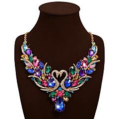 Női Nyilatkozat nyakláncok Partedli nyakláncok Animal Shape Hattyú Drágakő Strassz Ötvözet Bohemia stílus Méretes ékszerek luxus ékszer
