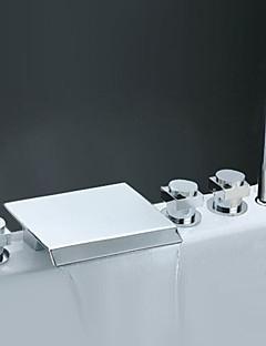 コンテンポラリー ローマンバスタブ 滝状吐水タイプ 組み合わせ式 ハンドシャワーは含まれている with  セラミックバルブ 五つ 3つのハンドル5つの穴 for  クロム , 浴槽用水栓
