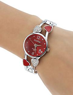 לנשים שעוני אופנה שעון צמיד קווארץ חיקוי יהלום סגסוגת להקה Heart Shape צמיד כסף לבן שחור סגול אדום ורוד