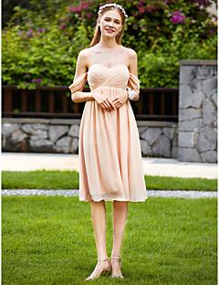 A-vonalú Szív-alakú Térdig érő Sifon Koszorúslány ruha val vel Cakkos Rakott által LAN TING BRIDE®