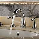 halpa LED-suihkupäät-Kylpyhuone Sink hana - Vesiputous Kromi Kolmiosainen Kolme reikää / Kaksi kahvaa kolme reikää