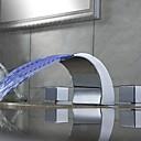 رخيصةأون حنفيات مغاسل الحمام-بالوعة الحمام الحنفية - شلال LED الكروم في وسط مقبضين ثلاثة ثقوب
