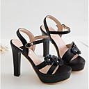 رخيصةأون صنادل نسائية-نسائي أحذية الراحة PU الصيف صنادل كعب ستيلتو أبيض / أسود / اللوز