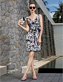 olcso Koktélruhák-Szűk szabású V-alakú Térdig érő Sifon Koktélparty Ruha val vel Csokor / Minta által TS Couture®