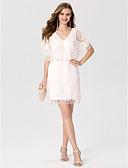olcso Szalagavató ruhák-Szűk szabású V-alakú Rövid / mini Csipke Koktélparty Ruha val vel Flitter által TS Couture®