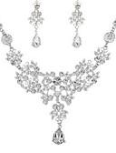 ieftine Rochii de Mireasă-Pentru femei Set bijuterii - Diamante Artificiale Clasic, Modă Include Cercei Picătură / Lănțișor Argintiu Pentru Logodnă / Ceremonie / Σκουλαρίκια