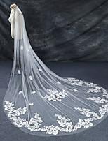 Cheap Wedding Veils One Tier Lace Applique Edge Bridal Veil Chapel