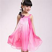 女の子の ドレス