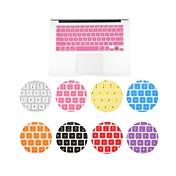 MacBook Airの11.6インチ用のソリッドカラーの高品質スリムキーボードカバー(アソートカラー)