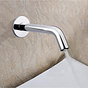 コンテンポラリー 壁式 タッチ/タッチレス セラミックバルブ 一つ ハンズフリーつの穴 クロム , 浴槽用水栓