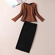 Mujer Simple Noche Verano Camiseta Falda Trajes,Escote Redondo Un Color / Letra Manga Larga Lana Marrón Medio