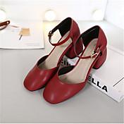 Mujer Zapatos PU Otoño Confort Sandalias Dedo cuadrada Negro / Rojo / Verde