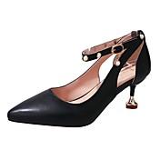Mujer Zapatos PU Verano Suelas con luz Tacones Tacón Kitten Dedo Puntiagudo Hebilla Negro / Beige / Caqui / Vestido