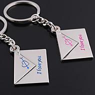 preiswerte -Individuelle Gravur Geschenk ein Paar Umschlag Shaped Liebhaber Schlüsselanhänger