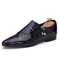 baratos Sapatos Masculinos-Homens Couro Sintético Primavera / Verão Conforto Oxfords Caminhada Roxo / Marron / Azul