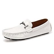 baratos Sapatos Masculinos-Homens Sapatos Pele Napa Primavera / Verão / Outono Rasos Sem Salto Pregueado Branco / Preto