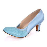 billige Moderne sko-Dame Moderne sko Glimtende Glitter / Sateng Sandaler / Høye hæler / Joggesko Gummi / Bølgemønster Utsvingende hæl Kan spesialtilpasses Dansesko Rosa / Lilla / Lyseblå / Ytelse