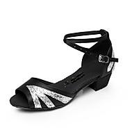 baratos Sapatilhas de Dança-Mulheres Sapatos de Dança Latina Cetim Sandália Gliter com Brilho / Presilha Salto Baixo Personalizável Sapatos de Dança Prateado /