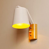 billige Vegglamper-kreative personlighet varm tre jernseng lampe bryter med nordic korridor studie
