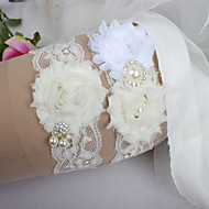 cheap Wedding Garters-Lace Classic Fashion Wedding Garter with Feather Imitation Pearl Ribbon Tie Ribbons Flower Sweetheart Special Occasion