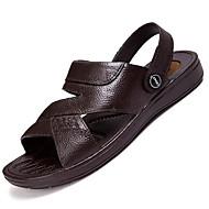 Masculino Sandálias Conforto Couro Verão Ar-Livre Caminhada Rasteiro Preto Marron Menos de 2,5cm