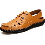 baratos Sapatos Masculinos-Homens Solas Claras Pele Verão Conforto Sandálias Água Preto / Amarelo / Marron