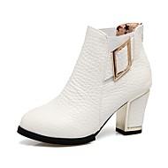 billige -Dame Støvler Trendy støvler Høst Vinter Kunstlær Avslappet Formell Spenne Tykk hæl Hvit Svart Rød 7,5 - 9,5 cm
