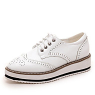 cheap Women's Oxfords-Women's Shoes Leatherette Spring Fall Comfort Gladiator Oxfords Wedge Heel Round Toe Split Joint for Casual Office & Career White Black