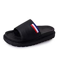 Dame Sko PU Vår Sommer Komfort Lette såler Tøfler og flip-flops Flat hæl Åpen Tå Kombinasjon Til Avslappet Hvit Svart Lyseblå