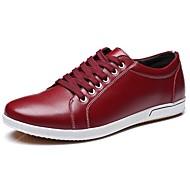 tanie Small Size Shoes-Męskie Buty Skóra Wiosna Jesień Comfort Oksfordki na Biuro i kariera Na wolnym powietrzu White Black Brown Czerwony