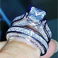 Žene Band Ring Kubični Zirconia 2 Pink Kamen Geometric Shape Četiri drška Ležerne prilike Elegantno Moda Vjenčanje Dar Nakit odjeće
