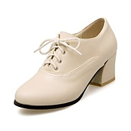 baratos Oxfords Femininos-Mulheres Sapatos Courino Primavera Outono Conforto Oxfords Salto Alto Ponta Redonda para Casual Social Preto Bege Amarelo