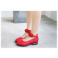 baratos Sapatos de Menina-Para Meninas Sapatos Couro Ecológico Primavera / Outono Conforto / Sapatos para Daminhas de Honra Rasos para Branco / Preto / Vermelho