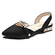 tanie Obuwie damskie-Damskie Obuwie PU Wiosna Lato Comfort Sandały Block Heel Pointed Toe Sztuczna perła na Casual Black Green