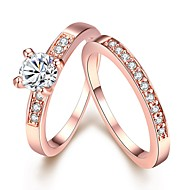 Dámské Diamant Solitaire Kulaté simulované Band Ring Sada kroužků Měď Pozlacené Růže pozlacená přátelství dámy Jednoduchý Módní Bling bling Fashion Ring Šperky Stříbrná / Růžové zlato Pro Svatebn