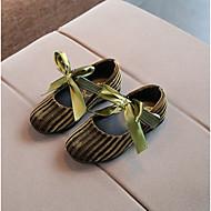 女の子 靴 フリース 春 モカシン ローファー&スリップアドオン リボン のために アウトドア ブラック イエロー グリーン