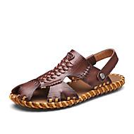 baratos Sapatos Masculinos-Homens Pele Napa Verão Conforto Sandálias Caminhada Castanho Escuro / Khaki