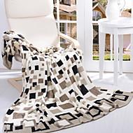 billiga Filtar och plädar-Korallfleece, Reaktiv Tryck Geometrisk Polyester Jacquard filtar