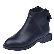 baratos Sapatos Femininos-Mulheres Curta/Ankle Couro Ecológico Outono & inverno Casual Botas Salto Baixo Ponta Redonda Botas Curtas / Ankle Preto