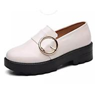baratos Sapatos Femininos-Mulheres Couro Envernizado Primavera & Outono Mocassins e Slip-Ons Salto Robusto Preto / Bege / Vinho