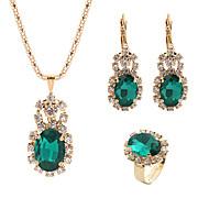 สำหรับผู้หญิง คริสตัล โบราณ ชุดเครื่องประดับ คลาสสิก, หวาน, สง่างาม ประกอบด้วย Drop Earrings สร้อยคอจี้ ชุดเครื่องประดับเจ้าสาว เปิดวงแหวน แดง / สีเขียว / ฟ้า สำหรับ