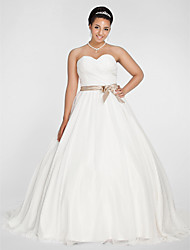Ball Gown Sweetheart Chapel Train Chiffon Wedding Dress with Sash / Ribbon Bow Criss-Cross Ruche by LAN TING BRIDE®