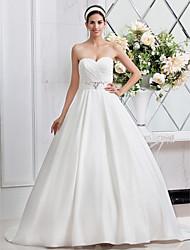 Linha A Princesa Decote Princesa Cauda Escova Cetim Vestido de casamento com Miçangas Faixa / Fita Cruzado Franzido de LAN TING BRIDE®