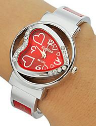 Femme Montre Tendance Bracelet de Montre Montre Diamant Simulation Quartz Imitation de diamant Bande Heart Shape Rigide Argent