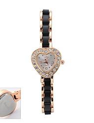 Недорогие -Персональный подарок Часы, Аналоговый Японский кварц Часы с Металл Материал корпуса Стали Группа Повседневные часы / Модные часы / Часы-браслет Глубина сопротивления воды