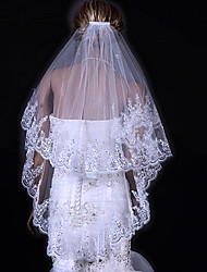 Two-tier Lace Applique Edge Wedding Veil Fingertip Veils With 31.5 in (80cm) Tulle A-line, Ball Gown, Princess, Sheath/ Column, Trumpet/