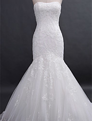 cheap -Lanting Bride® Fit & Flare Wedding Dress Court Train Strapless Lace with Appliques