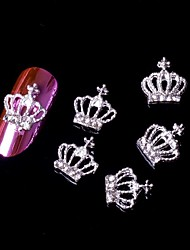 preiswerte -5pcs 3d Krone Silber-Legierung Strass Nail Art Verzierungen Nagelkunst Schmuck